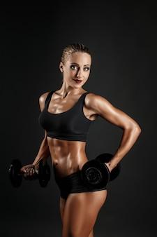 Entrenamiento de mujer sexual con pesas