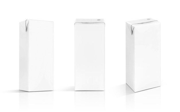 Envase en blanco caja de leche blanca aislada