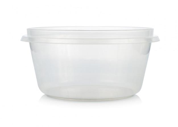Envase de plástico para alimentos aislados en blanco