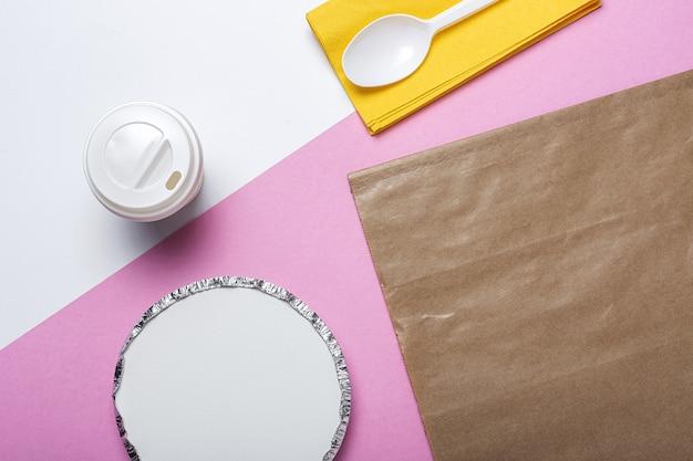 Envases de aluminio para comida para llevar preparados para la entrega