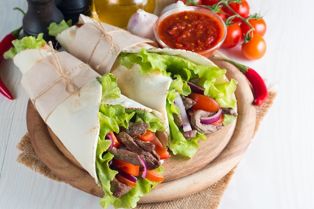 Envolver comida mexicana