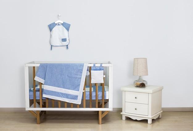 Equipo de bebé en el dormitorio