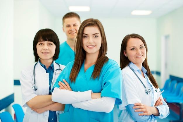 Equipo médico exitoso