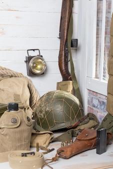 Equipo militar estadounidense y armas de la segunda guerra mundial