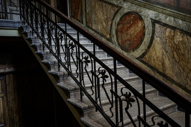 Escalera vieja en tbilisi