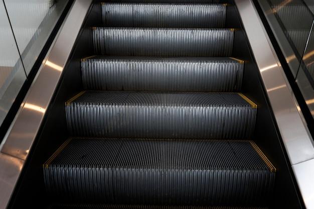 Escaleras mecánicas en