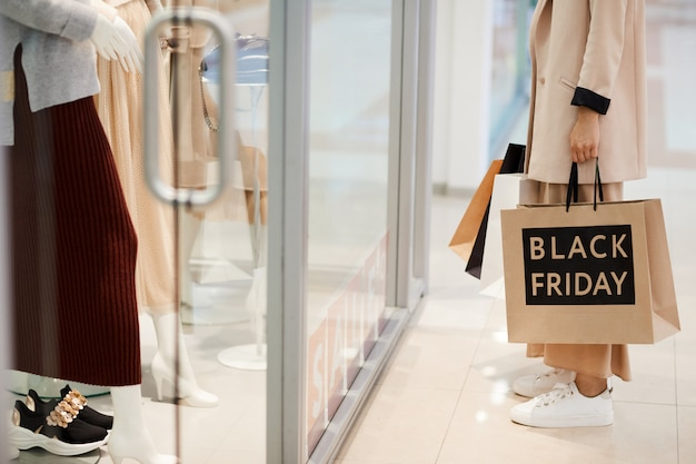 Escaparate en el black friday
