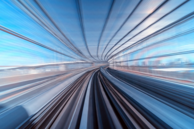 Escena furística movimiento borroso movimiento de tokio japón tren