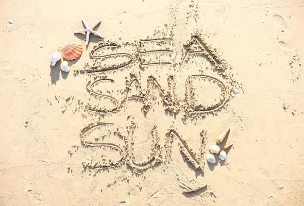 Escribiendo en la arena
