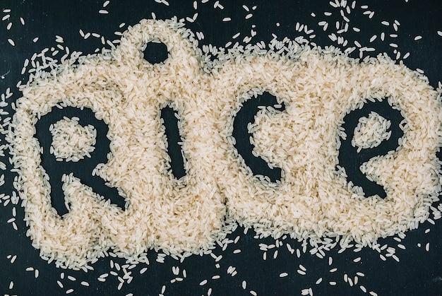 Escritura de arroz en grano