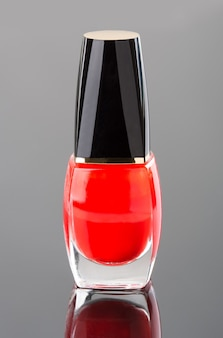 Esmalte de uñas rojo