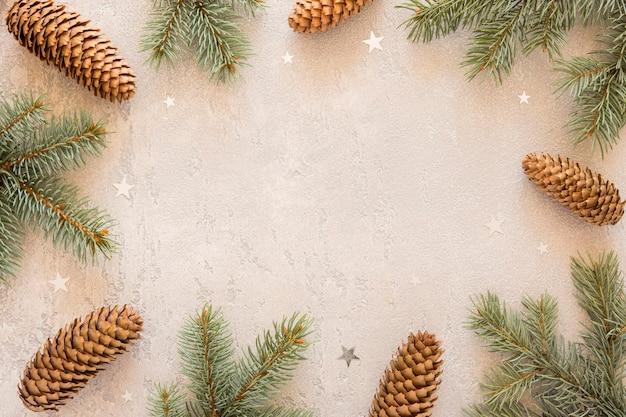 Espacio de copia de agujas de pino natural vista superior