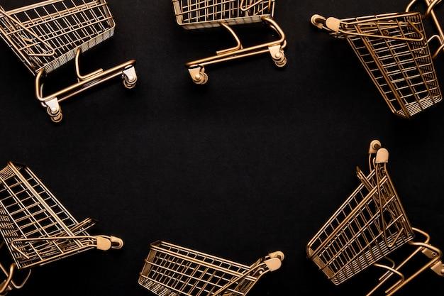 Espacio de copia de arreglo de carro de compras de vista superior