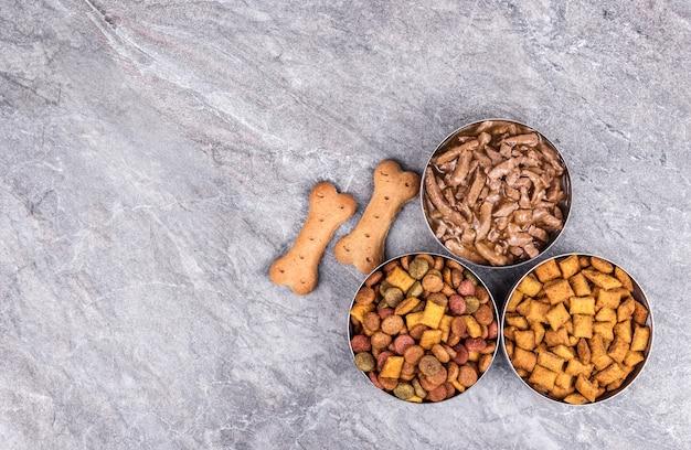 Espacio de copia de comida para mascotas seca y húmeda