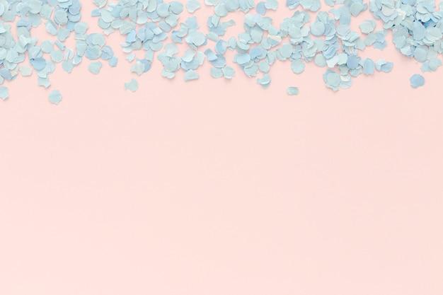 Espacio de copia de papel confeti