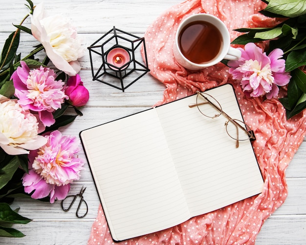 Espacio de trabajo de blogger o freelance