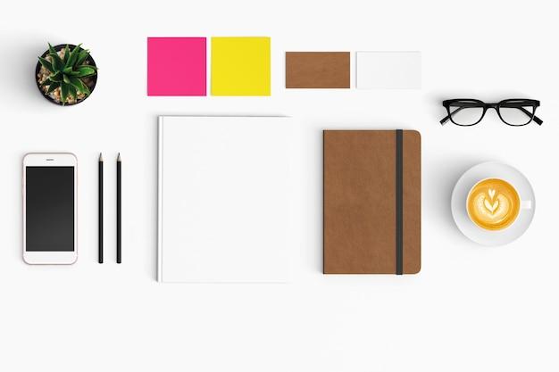 Espacio de trabajo moderno con espacio de copia en el fondo de color blanco