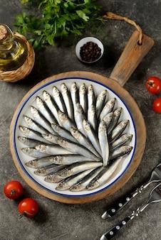 Espadín casero salado pescado pequeño salado