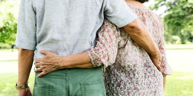 Esposa de pareja marido citas amor relajación concepto