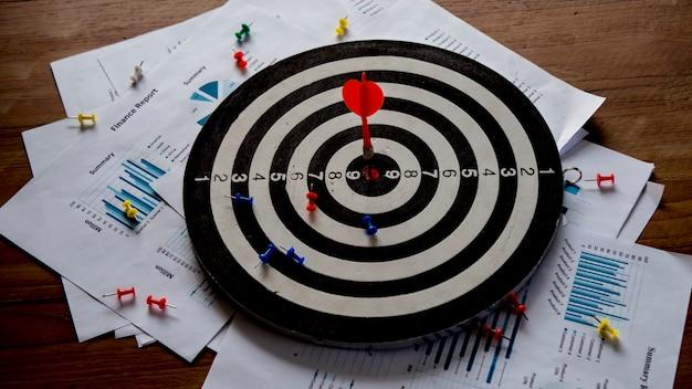 Establecer metas para el éxito empresarial y conceptos comerciales.