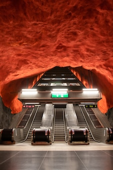 Estación de metro famosa de solna centrum