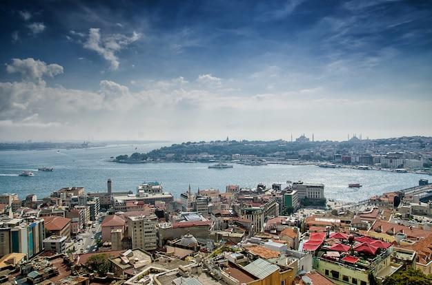Estambul y el bósforo desde una vista de pájaro
