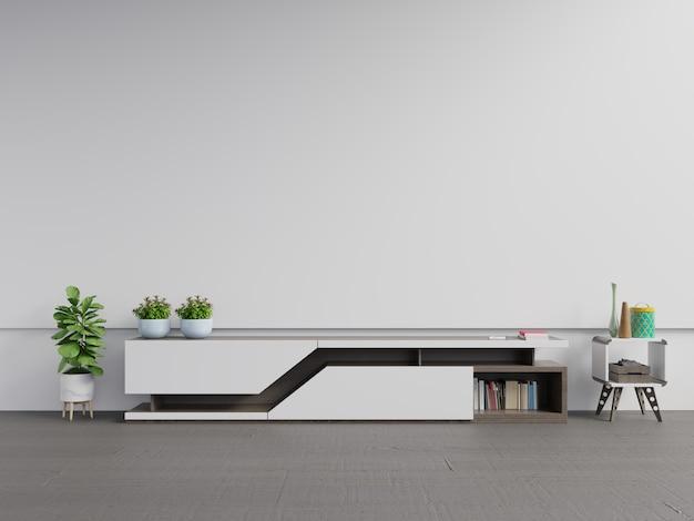 Estante de televisión en una habitación vacía moderna