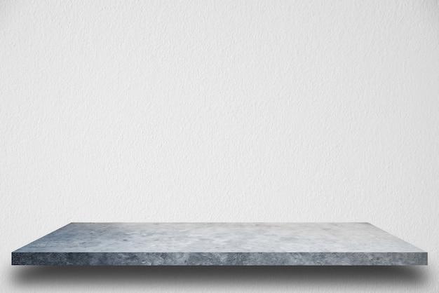 Estantería de cemento y fondos de muro de hormigón blanco, para exhibición de productos.