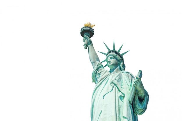 La estatua de la libertad aislado sobre fondo blanco.