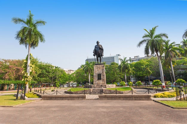 Estatua de mahatma gahdhi