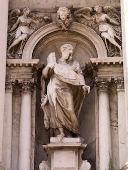 Estatua en venecia