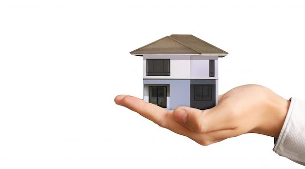 Estructura residencial de la casa en la mano, idea de hogar comercial
