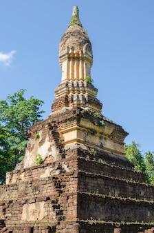 Estupa de estilo sukhothai