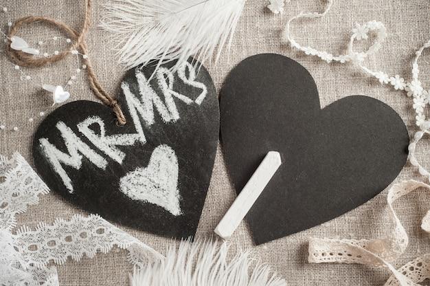 Etiqueta de pizarra en forma de corazón