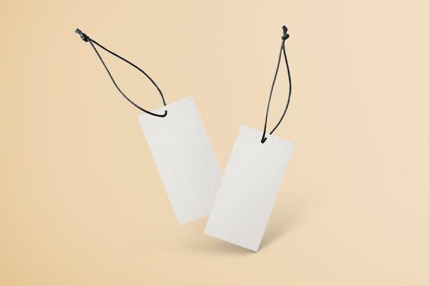 Etiqueta de ropa en blanco para negocios de moda