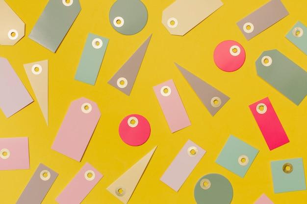 Etiquetas de venta coloridas para ir de compras