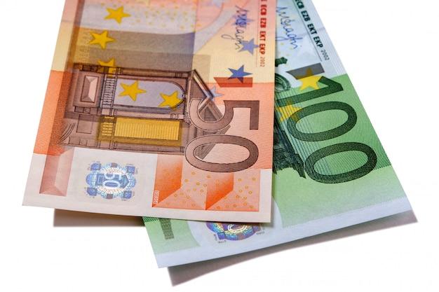 Euro 50 y 100 billetes de dinero