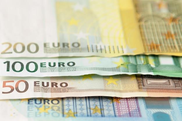 Euro dinero. fondo de efectivo en euros. billetes en euros