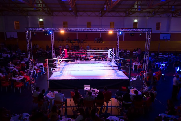 Evento de anillo de kickboxer