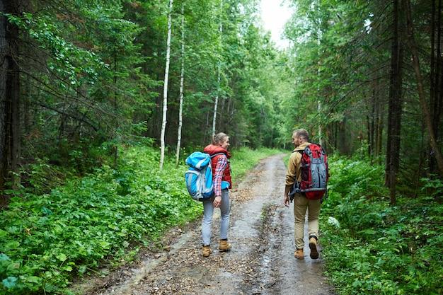 Excursionistas de viaje