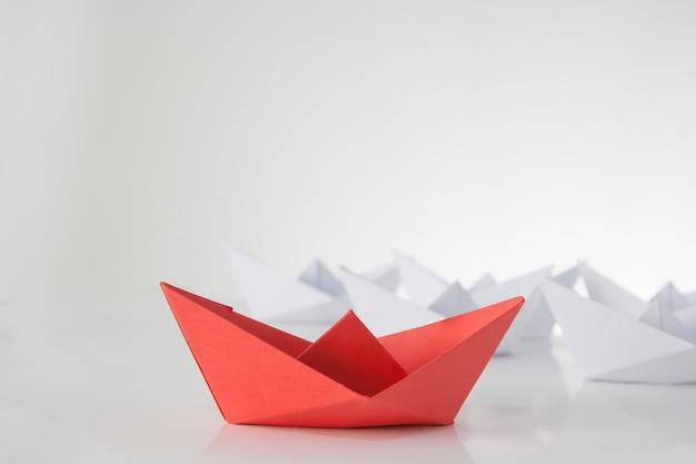 Éxito del barco de papel