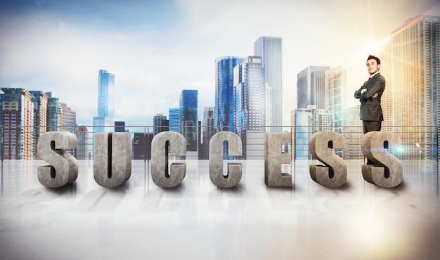 Éxito escrito en una terraza de rascacielos