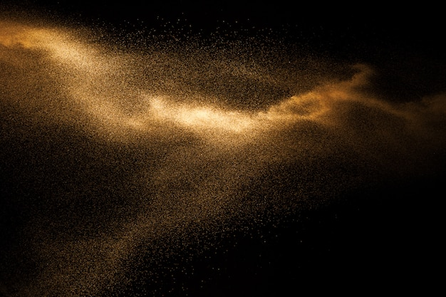 Explosión de arena dorada