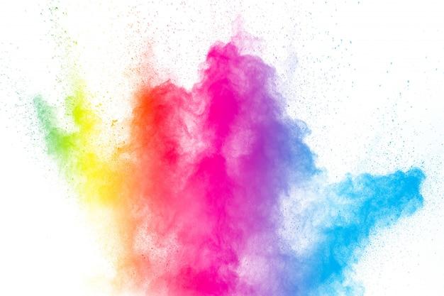 La explosión del colorido holi en polvo. hermoso polvo de color del arco iris volando.