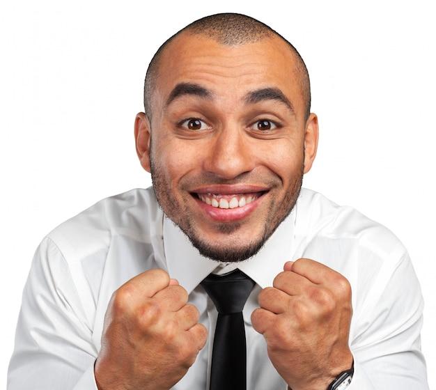 Expresión feliz hombre de negocios negro