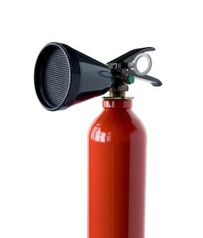 Extintor de incendios aislado en blanco