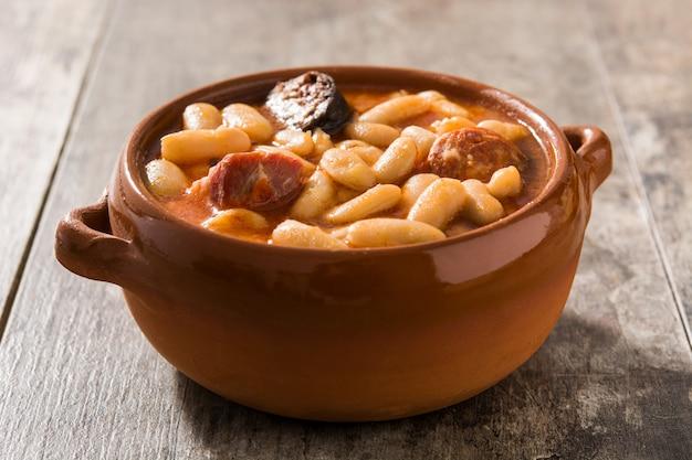 Fabada asturiana española típica