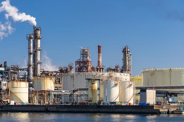 Fábrica de productos químicos