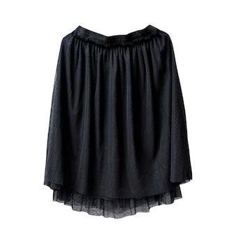 Falda de tul negro sobre fondo blanco. aislar