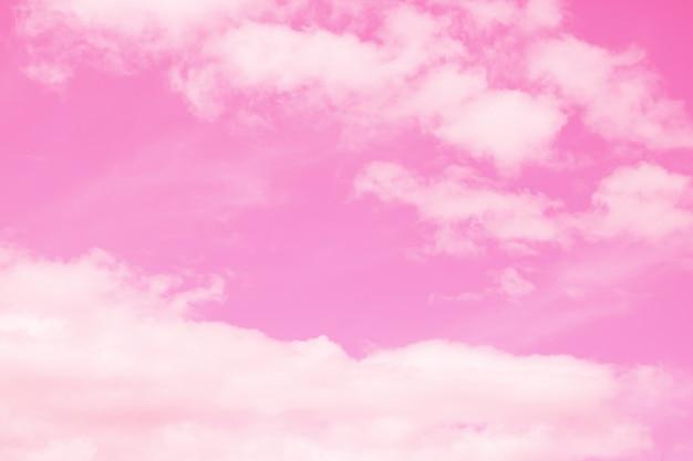 Fantasía y nube dinámica vintage y cielo con textura grunge.